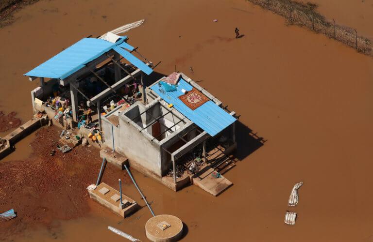 Κυκλώνας Ιντάι: Στοιχεία σοκ! Πάνω από 1000 οι νεκροί, εκατοντάδες χιλιάδες οι εκτοπισμένοι