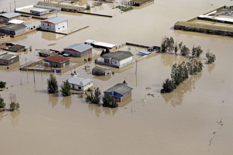 Πλημμύρες στο Ιράν: Η μεγαλύτερη καταστροφή της 15ετίας – 2.000.000 άνθρωποι χρειάζονται βοήθεια