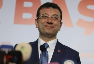 """Τουρκία: """"Εγώ είμαι ο νικητής της Κωνσταντινούπολης"""" επιμένει ο Ιμάμογλου!"""