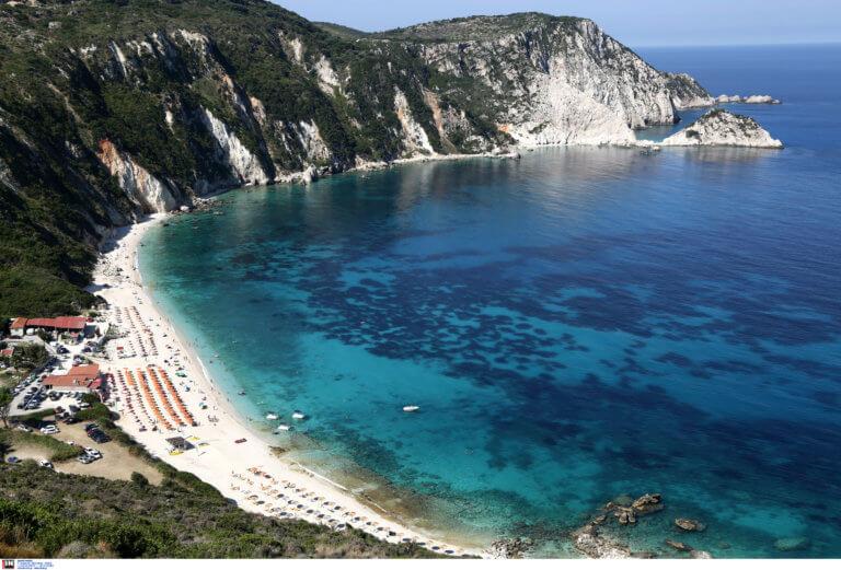 «Απόβαση» Αυστριακών στα ελληνικά νησιά – Έρχεται ρεκόρ κρατήσεων!