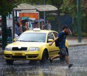 Καιρός σήμερα: Βροχές, καταιγίδες και μποφόρ – Πότε και πού θα ανοίξουν οι ουρανοί!