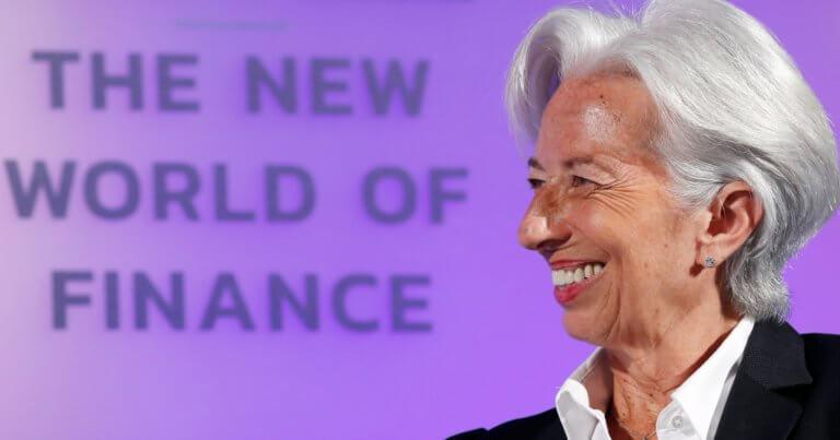 "Bloomberg: Ανάπτυξη της ελληνικής οικονομίας το 2019 ""βλέπει"" το ΔΝΤ"