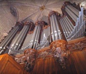 """Παναγία των Παρισίων: """"Πληγωμένο"""" το μεγάλο εκκλησιαστικό όργανο του 15ου αιώνα!"""
