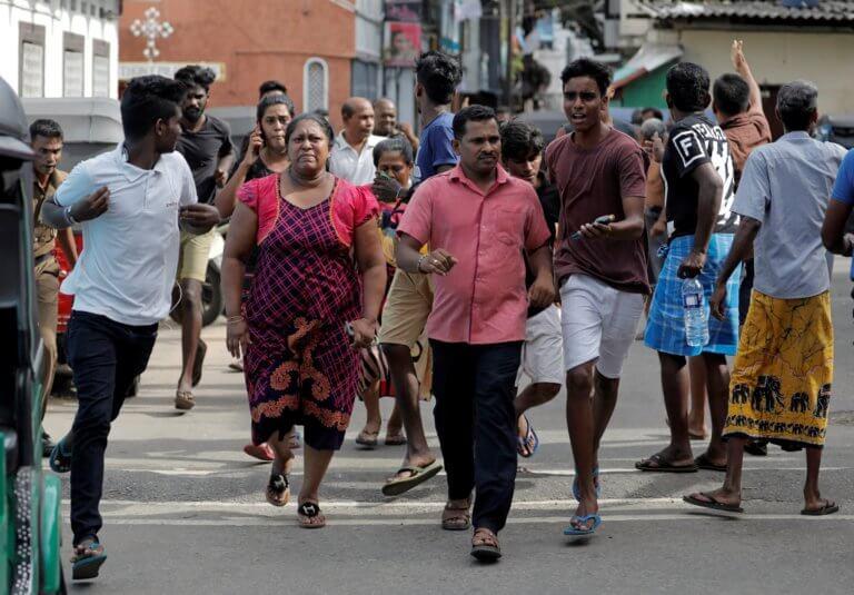 Σρι Λάνκα: Τρομοκρατημένοι τουρίστες εγκαταλείπουν άρον άρον το νησί!