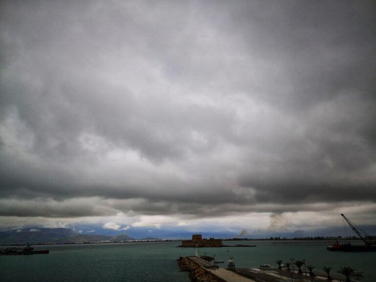Καιρός σήμερα: Γενικά καλός – Σε ποιες περιοχές θα πέσουν βροχές και καταιγίδες