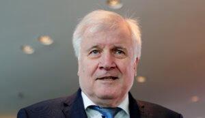 Ζεεχόφερ: Βασική ανησυχία μου οι ακροδεξιοί εξτρεμιστές