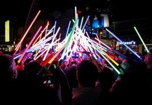 """Star Wars"": ""Μασκάρεψαν"" αστεροσκοπείο στο… συμπαθέστατο android R2-D2! Video"