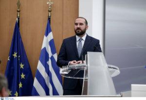 Καβγάς Τζανακόπουλου με τον Πρόεδρο της ΕΕΑΔ – Αιχμές για επιλεκτική προώθηση ΛΟΑΤΚΙ και Ρομά