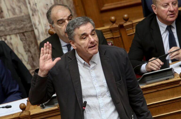 Εκλογές 2019 – Τσακαλώτος απαντά στον Μητσοτάκη για δημοσκοπήσεις και ομόλογα