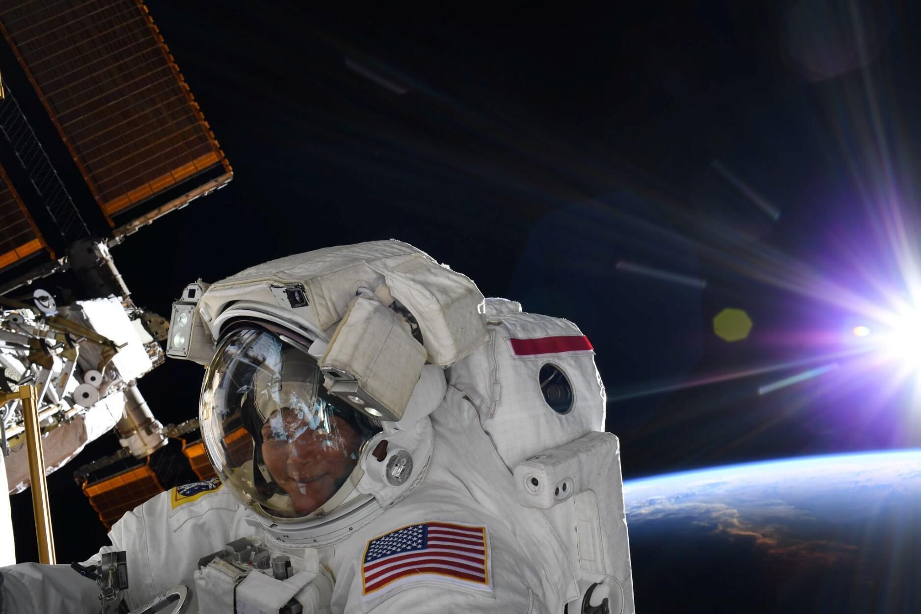 Ένας χαμός στο Διάστημα: Εκτοξεύσεις πυραύλων, άγγιγμα του Ήλιου και βομβαρδισμός αστεροειδή!