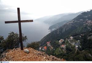 Ένοχοι ξανά οι μοναχοί για τις μολότοφ στο Άγιο Όρος! Θεωρούνται φυγόποινοι
