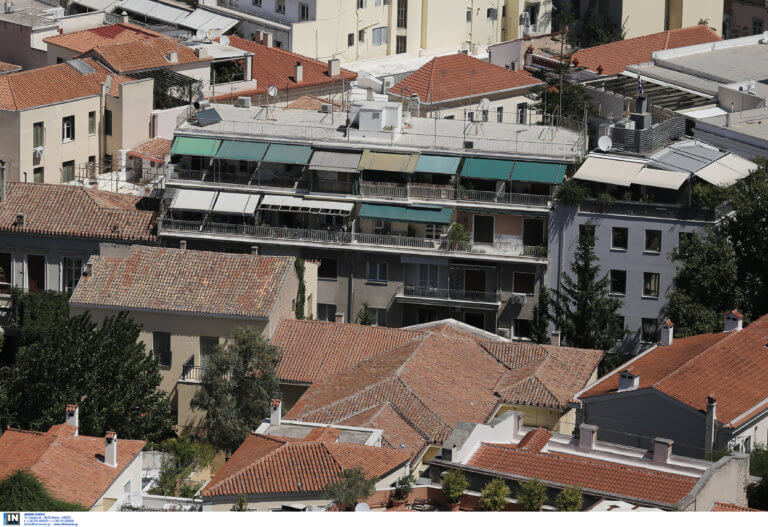 Θεσσαλονίκη: Οικονομική κρίση και πανδημία χτύπησαν την αγορά ακινήτων – Στο 20% η μείωση τιμών