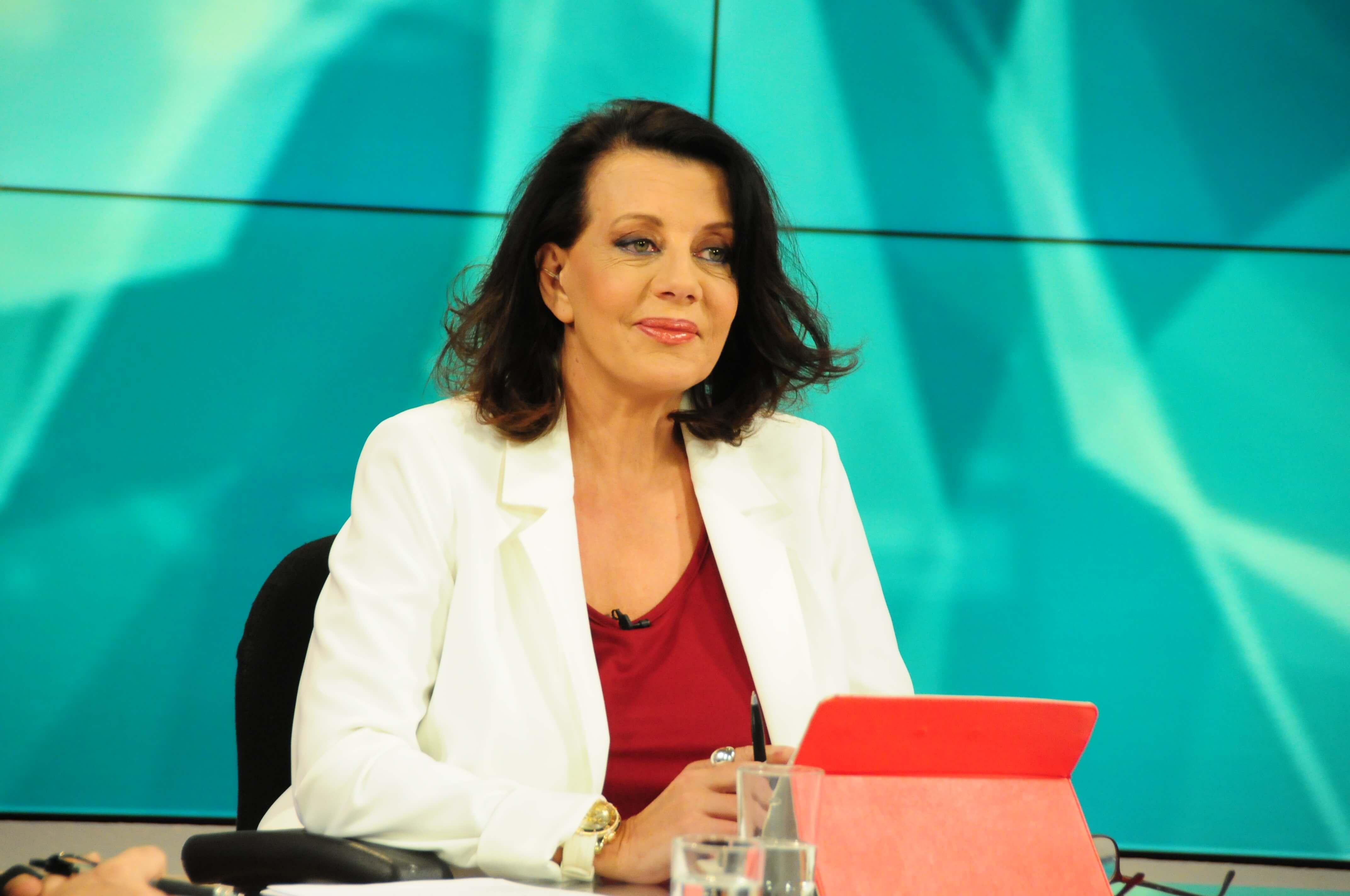 Μπορούμε να κάνουμε Πάσχα – Η Κατερίνα Ακριβοπούλου συνεχίζει! | Newsit.gr
