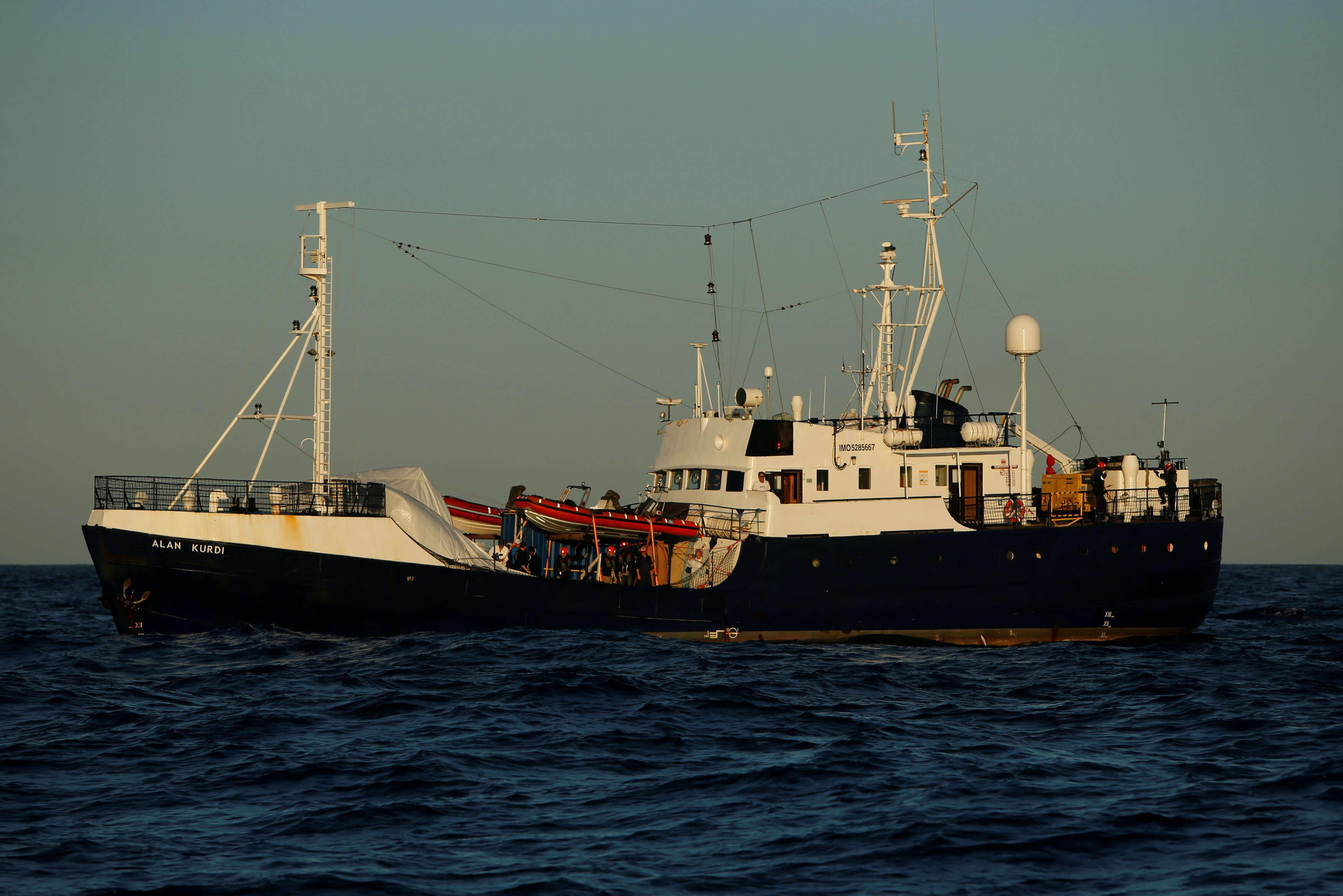 Έτοιμη να υποδεχθεί 20 μετανάστες του πλοίου Alan Kurdi η Γαλλία