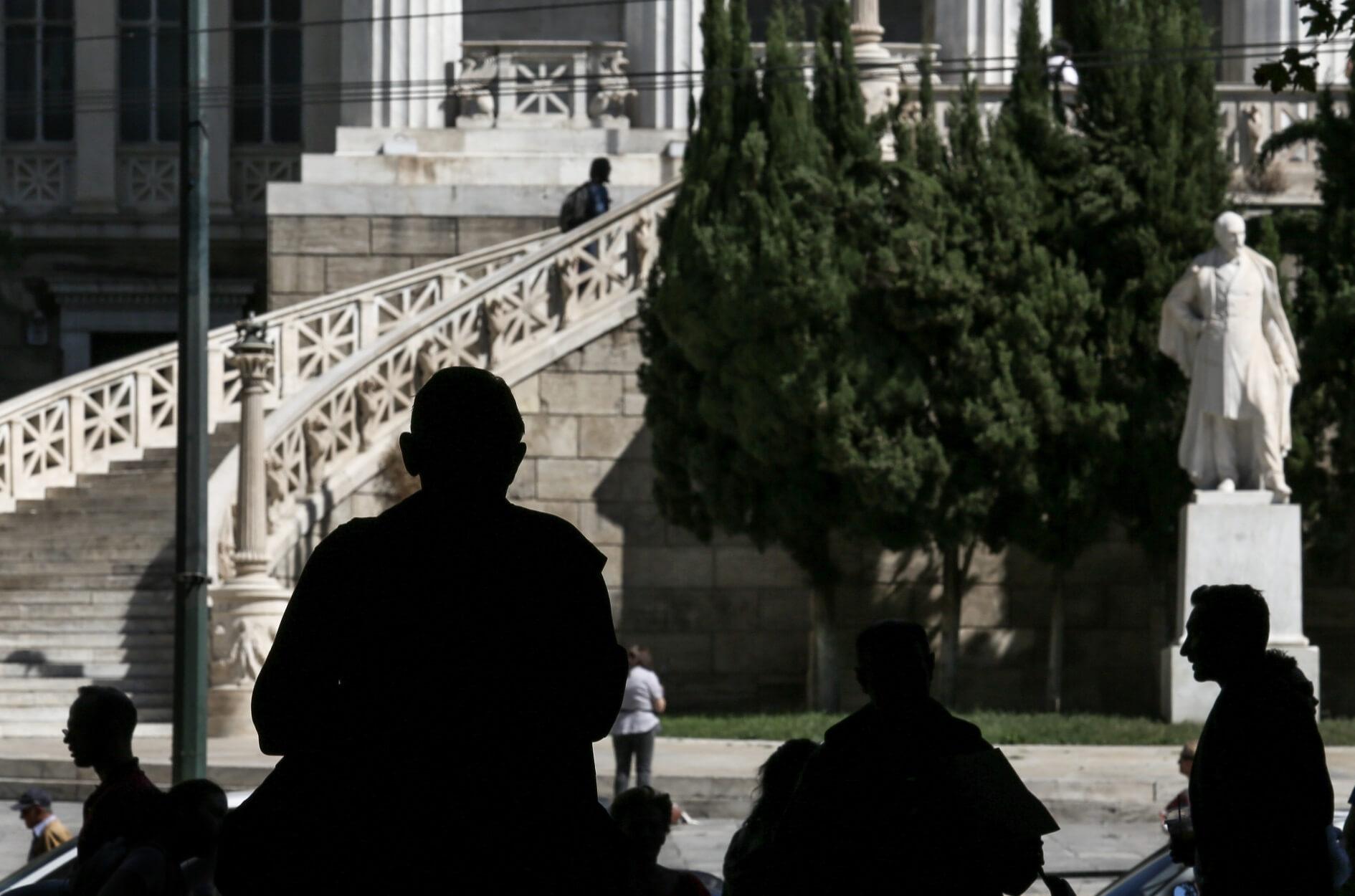 ΕΛΣΤΑΤ: Στο 17% η ανεργία τον Απρίλιο
