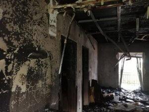 Θεσσαλονίκη: Ο κεραυνός του διέλυσε το σπίτι – Η μεγάλη φωτιά τον έπιασε στον ύπνο [pics]