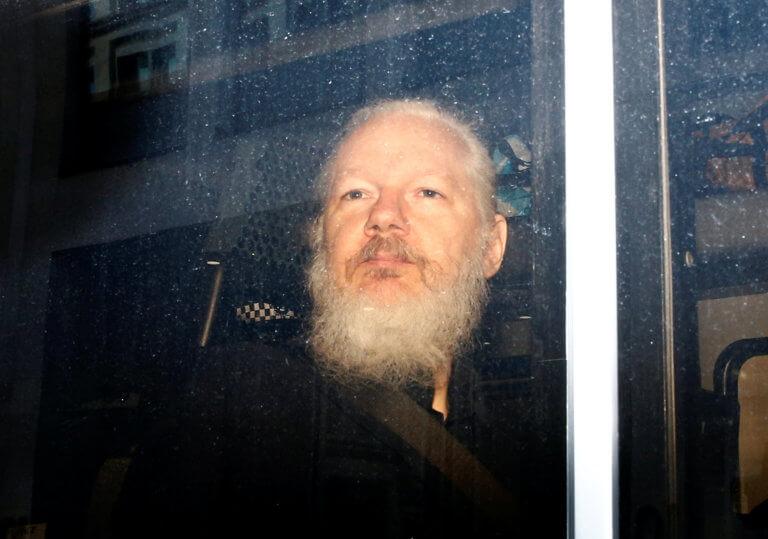 Τζούλιαν Ασάνζ: Ζητά να μην εκδοθεί στις ΗΠΑ ο ιδρυτής των Wikileaks