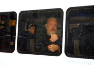 Να διασφαλιστεί μια δίκαιη δίκη για τον Τζούλιαν Ασάνζ, ζητά ο ΟΗΕ