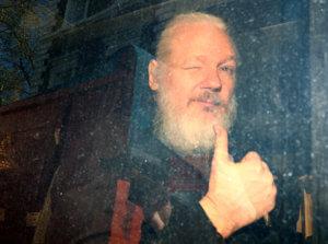 Υπόθεση Ασάνζ: Ετοιμάζουν Brexit του ιδρυτή των Wikileaks