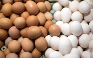 Πάσχα 2019: Προσοχή όταν αγοράζετε αυγά! Συμβουλές από τον ΕΦΕΤ
