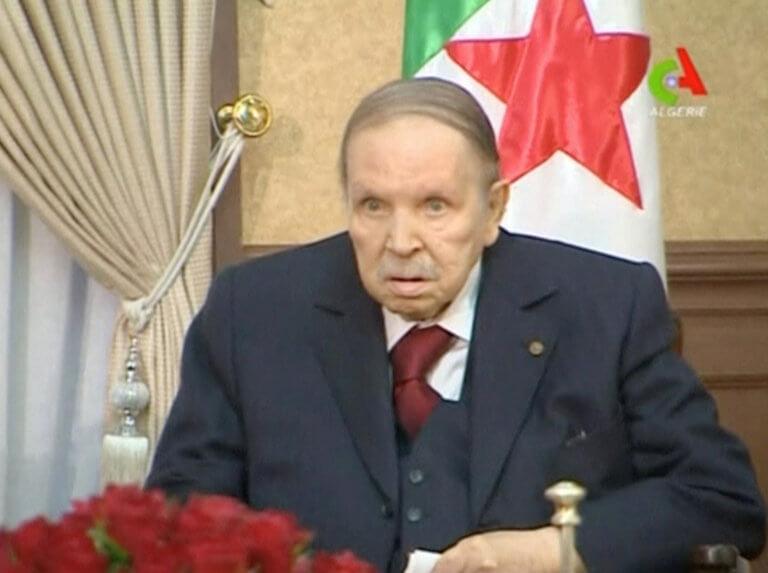 Ζητά συγγνώμη από το λαό της Αλγερίας ο Μπουτεφλίκα