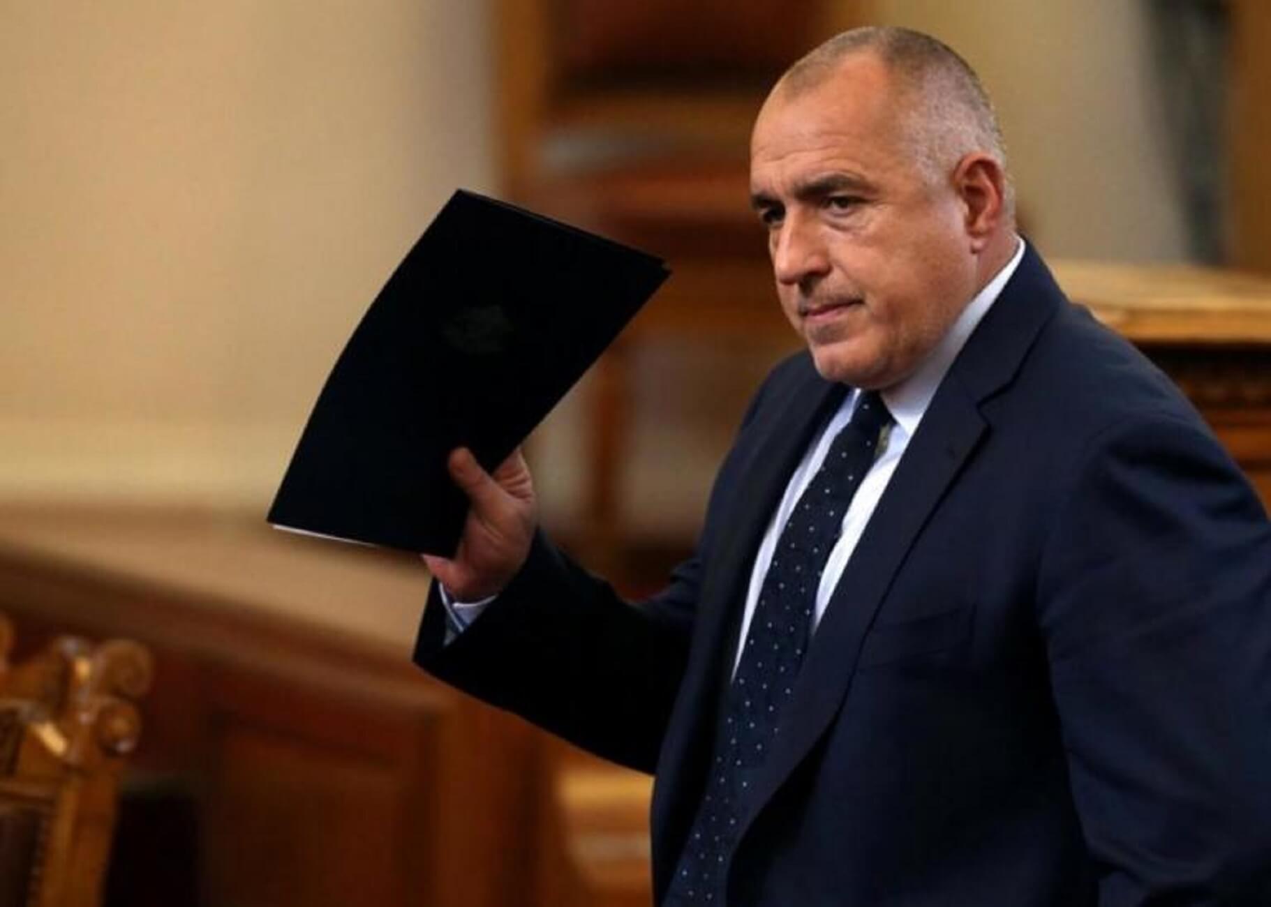 Βουλγαρία: Ο πρόεδρος Ράντεφ απέσυρε την εμπιστοσύνη του από τον Μπορίσοφ