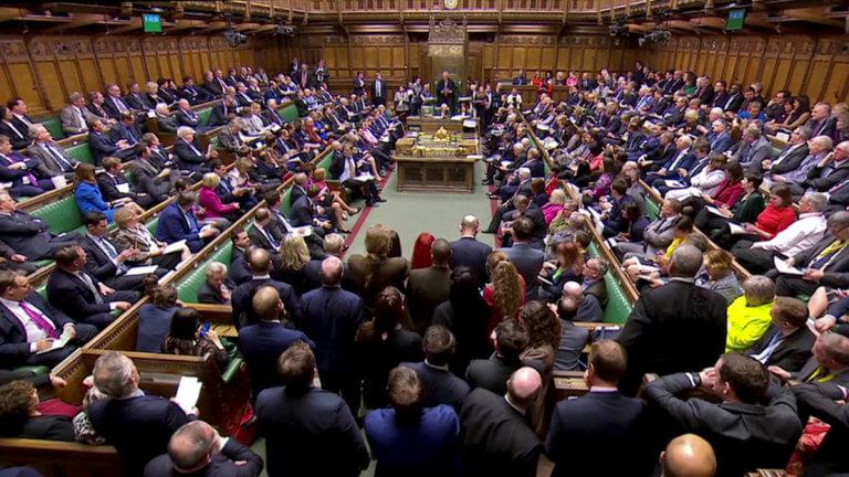 Βρετανία: Η Βουλή των Κοινοτήτων μπλόκαρε το Brexit χωρίς συμφωνία