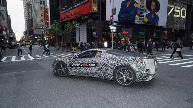 Ντεμπούτο της κεντρομήχανης Chevrolet Corvette τον Ιούλιο [vid]