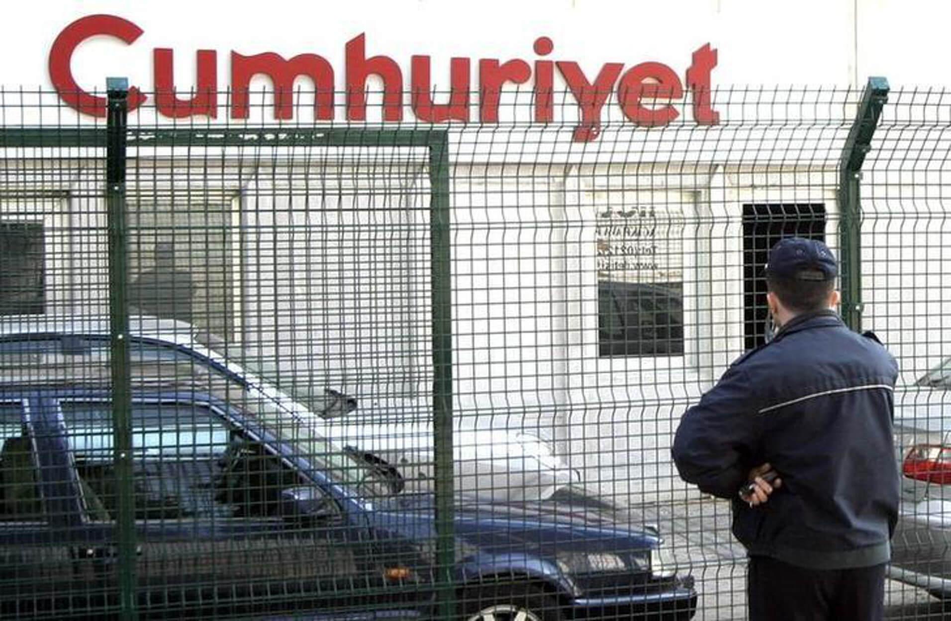 """Αποφυλακίζεται ο τελευταίος κρατούμενος της """"Cumhuriyet"""" που είχε καταδικαστεί για """"τρομοκρατία"""""""