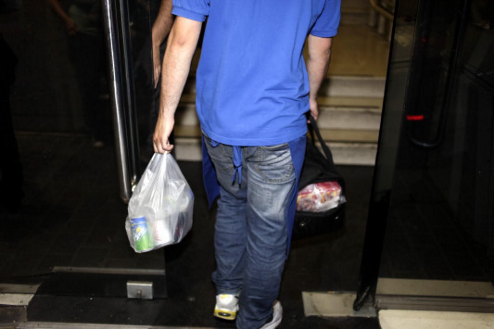 Χίος: Θρίλερ με μυστηριώδη θάνατο ντελιβερά – Τα τελευταία του βήματα πριν πέσει νεκρός!
