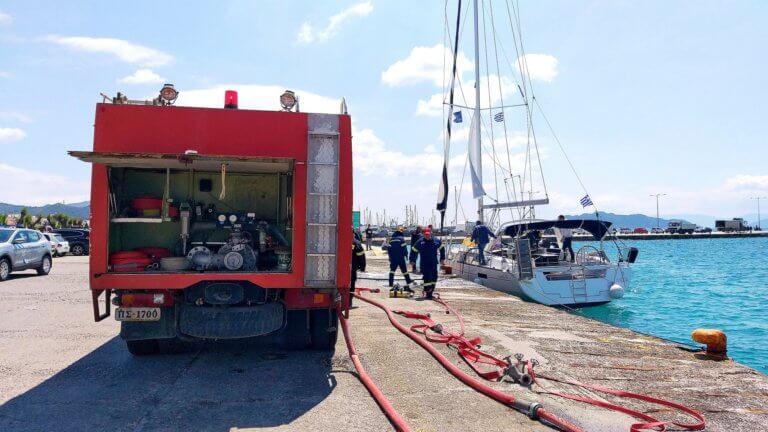 Τρόμος από πυρκαγιά σε σκάφος κοντά στην Αίγινα!
