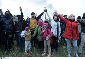 Συνεχίζεται η αποχώρηση των προσφύγων από τα Διαβατά – Επιστρέφουν σε δομές και ξενοδοχεία