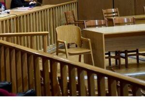 Βόλος: Χαμός σε απρόσμενη συνάντηση με την εν διαστάσει γυναίκα του – Σκηνές απείρου κάλλους!