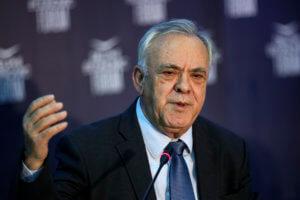 «Καυγάς» Δραγασάκη – εξαγωγέων για τα εμπορικά σήματα με τον όρο «Μακεδονία» ή «μακεδονικό»