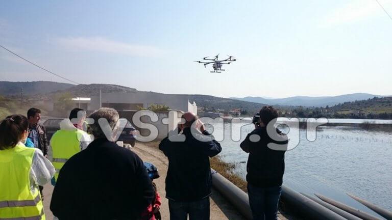 Χαλκίδα: Ψεκάζουν με drone στις πλημμυρισμένες περιοχές! video