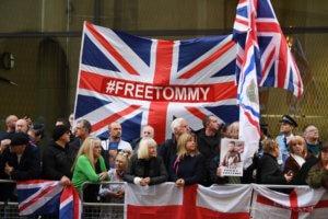 Βρετανία: Υποψήφιος ευρωβουλευτής ο ιδρυτής μιας ακροδεξιάς οργάνωσης