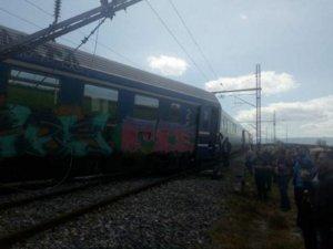 Εκτροχιασμός τρένου Intercity μετά τον σταθμό Παλαιοφαρσάλου [pics]