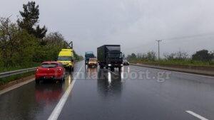 Εθνική Οδός Αθηνών – Λαμίας: Απίστευτες εικόνες με αυτοκίνητο να πηγαίνει ανάποδα επί 13 χιλιόμετρα [pics, video]