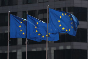 Ξεκινούν οι εμπορικές διαπραγματεύσεις ανάμεσα σε Ευρωπαϊκή Ένωση και ΗΠΑ
