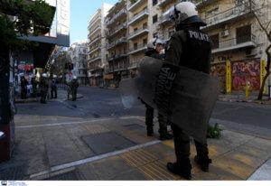 «Πόλεμος» αστυνομίας – λιμενικού για τα Εξάρχεια και… άφαντος Κουβέλης