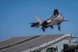 Μείωση του κόστους των μαχητικών F-35 υπόσχονται οι Αμερικανοί κατασκευαστές