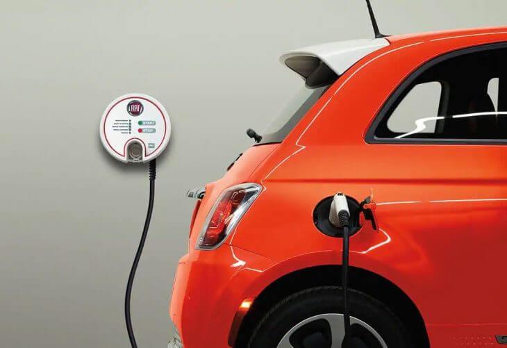Η FCA θα πληρώσει την Tesla για να μειώσει τις εκπομπές ρύπων της