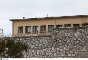 """Φυλακές Κορυδαλλού: """"Συναγερμός"""" για βόμβα"""