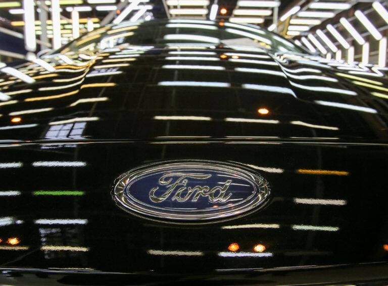 Ford: Επιβεβαίωσε πως θα τερματίσει την παραγωγή του C-MAX