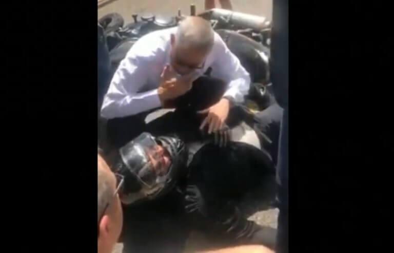 Ισραήλ: Εν μέσω εκλογών, ο Μπένι Γκαντζ βοήθησε ένα θύμα τροχαίου! video