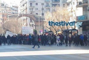 Πορεία αντιεξουσιαστών στη Θεσσαλονίκη