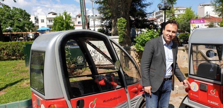 Έφτασαν στα Τρίκαλα τα πρώτα ηλεκτρικά αυτοκίνητα – video