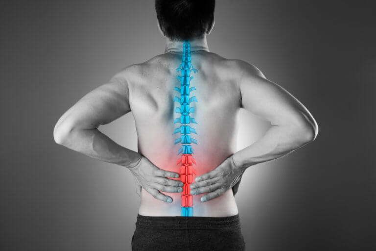 Τι λύσεις υπάρχουν για τον πόνο στην μέση που «κρατάει για μέρες»
