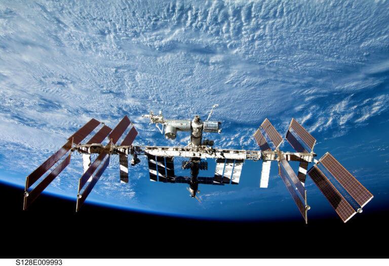 NASA: Άφθονα τα μικρόβια και οι μύκητες στον Διεθνή Διαστημικό Σταθμό
