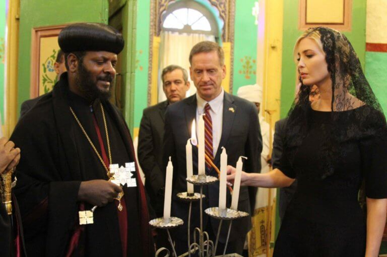 Ιβάνκα Τραμπ: Απέτισε φόρο τιμής στα θύματα της Ethiopian Airlines [video]